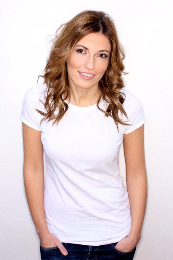 Vanessa Petit - Presentadora