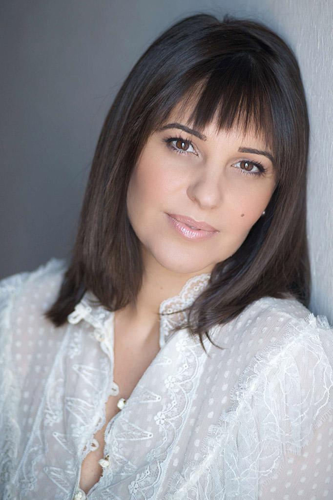 Yolanda Vázquez - Presentadora